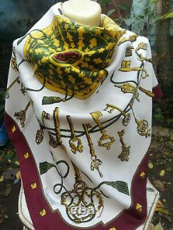 HERMES PARIS LES CLEFS or THE KEYS TWILL SILK SCARF RARE VINTAGE FIRST EDITION